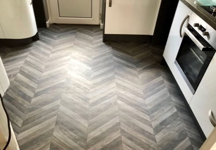 Kitchen floor by Lifestyle Phantom range in raven